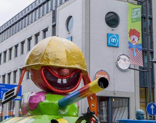 Eindhoven_Carnaval-eindhoven-optocht