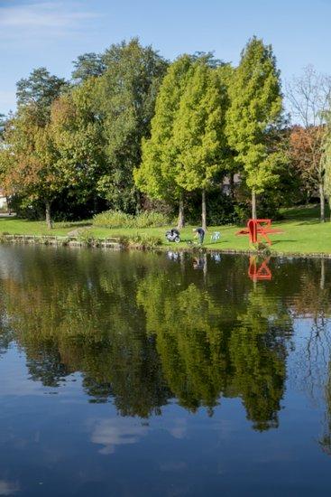 Eindhoven_Henri_Dunant_Park_05.jpg