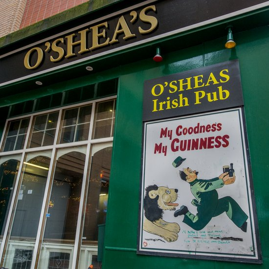 Eindhoven_Irish_pub_Osheas_03.jpg