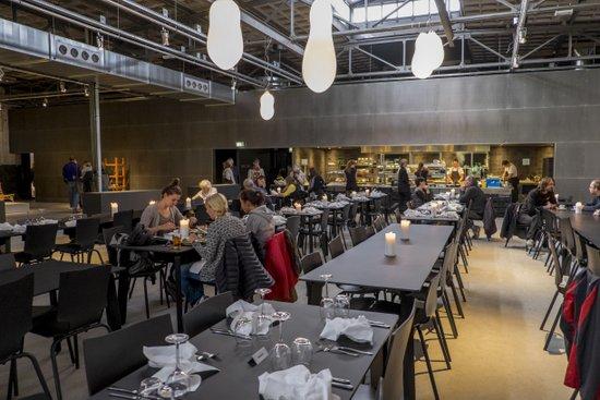 Eindhoven_Kazerne_restaurant_01.jpg