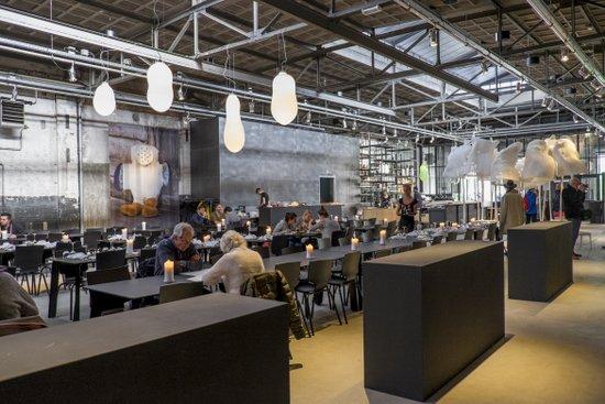 Eindhoven_Kazerne_restaurant_02.jpg