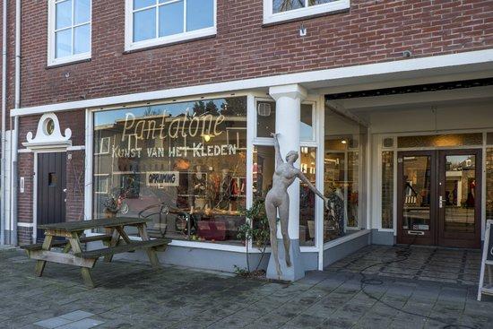 Eindhoven_Pantalone_02.jpg