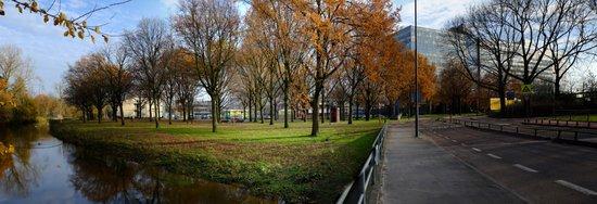 Eindhoven_TUe_-_Dommel_01_panorama.jpg