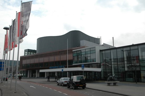 Eindhoven_Theaters_Tilburg.JPG