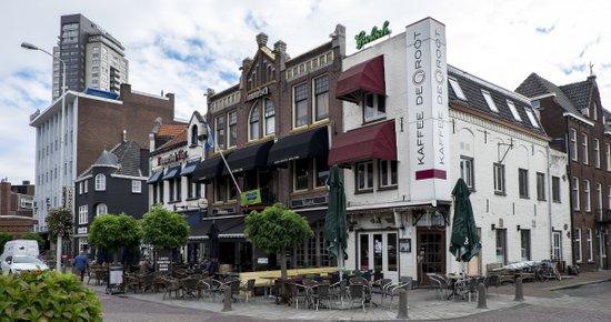 Eindhoven_Wilhelminaplein_02.jpg