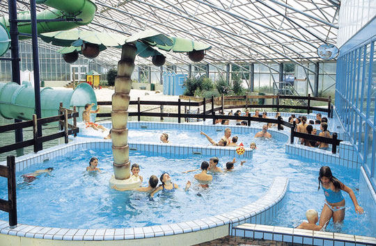 Eindhoven_terspegelt_camping