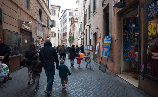 Rome_via-dei-giubbonari